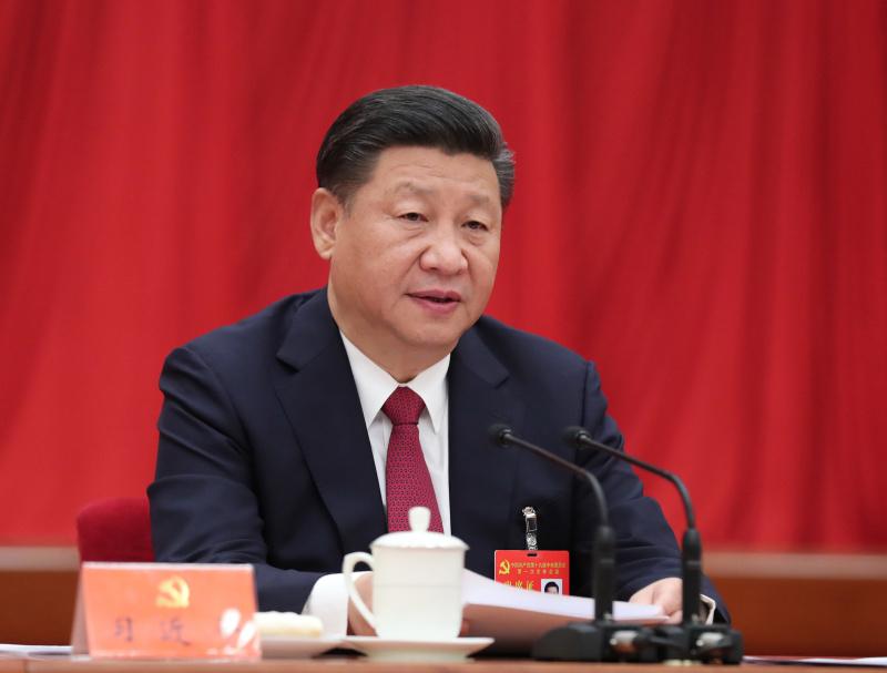 10月25日,中国共产党第十九届中央委员会第一次全体会议在北京人民大会堂举行。习近平同志主持会议并作重要讲话。新华社记者 刘卫兵 摄.jpg